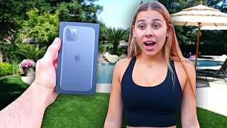BREAKING My Girlfriend's iPhone And SURPRISING Her With A New iPhone 11..