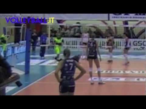 Preview video A1 Femminile - L´Invasione di Castellanza