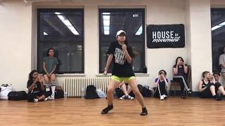 Choreographer Pearrie Hammie brings it on HEY SISTER at the Pearl Studios!!