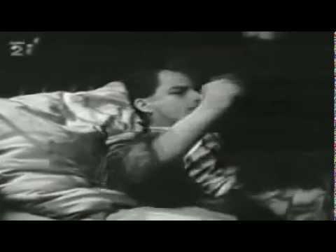 Psí Vojáci - Chce se mi spát / Leitmotiv