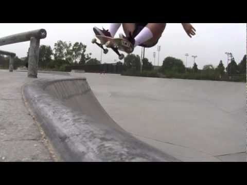 AmeeJay Papelera Caruthers Skatepark Bellflower 2012.mov