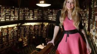 Mariposas - Shakira (Video)