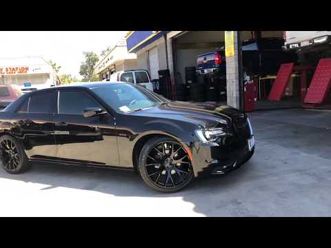 2018 Chrysler 300 Hellcat Wheels