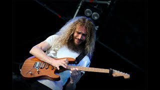 Guthrie Govan - Waves - Finest Old Version, With Amazing Solo Part