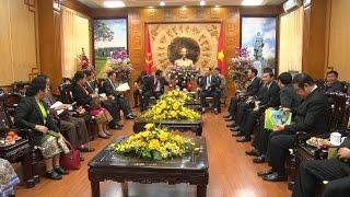 Đoàn đại biểu tỉnh Hủa Phăn (Lào) thăm và chúc Tết tỉnh Thanh Hóa