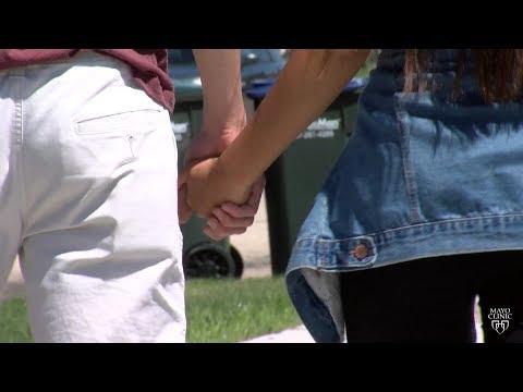 Sex Geschichte als Sohn gefickt Mutter