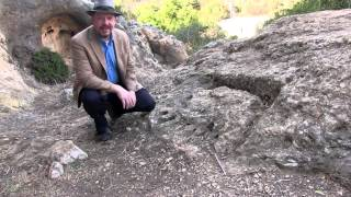 Neandertals and modern humans in the Levant