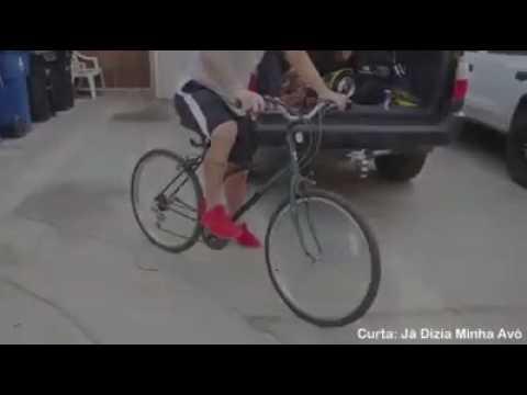 Come ti trasformo una vecchia bicicletta in uno strumento da par passare la voglia di rubarla