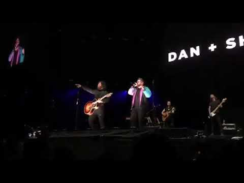 "Justin Bieber and Dan+Shay ""10000 Hours""Live Performance in Perth"