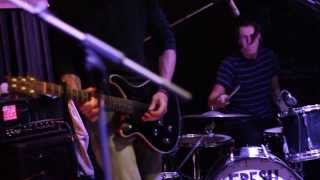 Video Fresh Out Of The Bus - Your Flavour (live@Acafe)