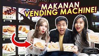 Konnijiwa! Di video kali ini, aku, kak titan, dan kak stella coba makanan vending machine jepang (hotfood)! Kira-kira enak gak ya? Selamat menonton! Semoga bermanfaat dan menghibur yah! Mantappu jiwa!!   PLEASE SUBSCRIBE!: bit.ly/Subsnihongomantappu BUSINESS partnership: promomantappu@gmail.com  INSTAGRAM:  Jerome: https://www.instagram.com/jeromepolin/ teamantappu: https://www.instagram.com/teamantappu_/  Video finishing by: @ayung3kzone  MANTAPPU JIWA!! #KULINERMANTAPPU #VLOGMANTAPPU