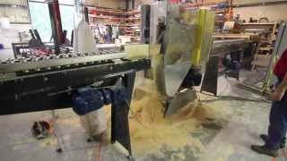 HY400 Center Cut Saw With Integrated Conveyors and Turn Table Feeder