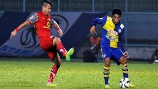 Highlight Arema Cronus Vs Barito Putera 10  QNB League  7 April 2015