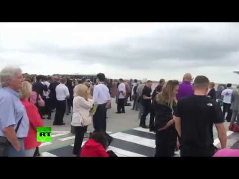 RAW: Manchester Airport Terminal 3 evacuated due to suspicious bag