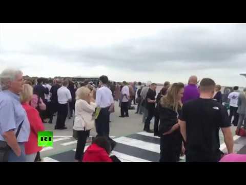 RAW: Manchester Airport Terminal 3 evacuated due to suspicious bag