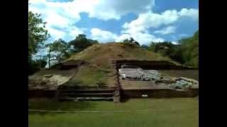 preview picture of video 'Ruinas mayas en Casa Blanca, Chalchuapa, El Salvador'