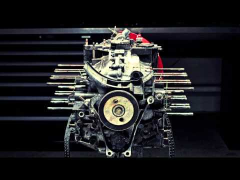 Watch This Stop-Motion Teardown Of A 3.2L Porsche Carrera Engine