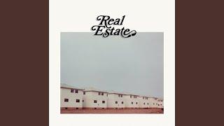 "Video thumbnail of ""Real Estate - Kinder Blumen"""