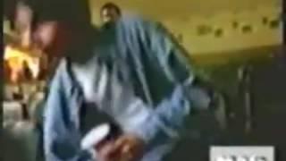 Первое поевление Шахида капура на экране в рекламе pepsi с Шахом Рани и Каджол.
