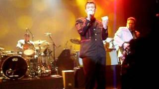 """Chris Isaak - """"Great Balls of Fire"""" - Melbourne 20/3/11"""