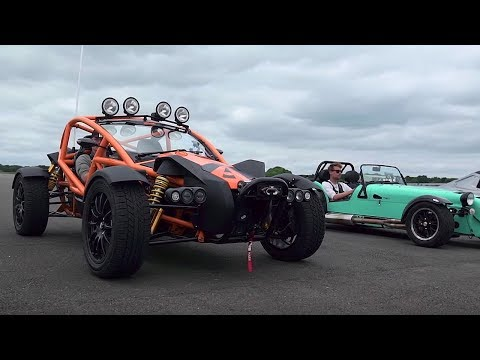 Ariel Atom 3.5 vs Ariel Nomad vs BAC Mono vs Caterham 620S | Top Gear: Drag Races