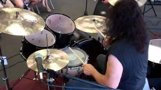 "DDRUM Artist Vinny Appice performs ""Holy Diver""!"