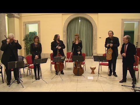 Adventi koncertek a Városházán 2015 - Excanto zenekar és Hacki Tamás füttyvirtuóz - video preview image