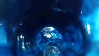 preview picture of video 'Discesa nel Blue Hole alla piscina di Scandiano -3-'