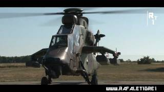 Diecast Helikopter EC665 Tiger Air Force 1 19 Cm Skala 72