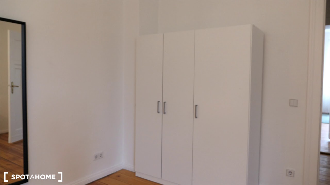 Modern apartment with 1 bedroom for rent in Mitte