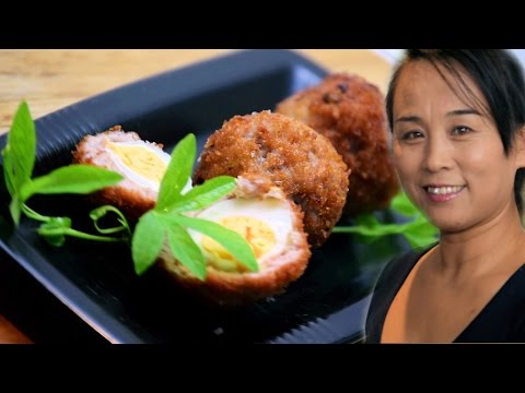 Video Mini Scotch Eggs with Quail Eggs (Chinese Pork Stuffed With Quail Egg Recipe)