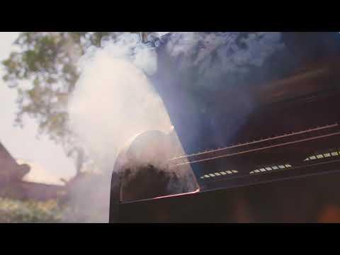 Weber peletový gril SmokeFire
