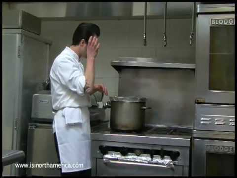 Chef Johnny Iuzzini with ISI