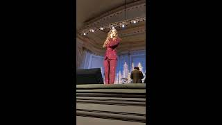 """Idina Menzel - """"Into the Unknown"""" Live at Carnegie Hall Dec 11, 2019"""
