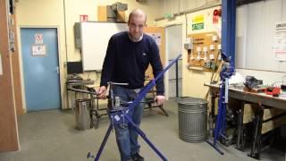 Bending metal conduit