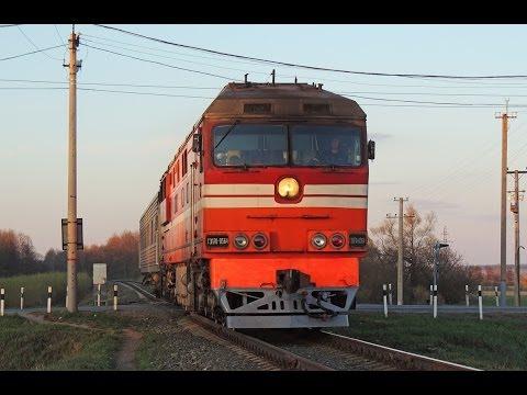 Фото Прибытие и отправление ТЭП70-0564 с пригородным поездом Воткинск - Ижевск, о.п. 45 км