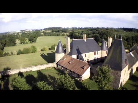 Le manoir de la Chaslerie vu d'un drone le 23 août 2013