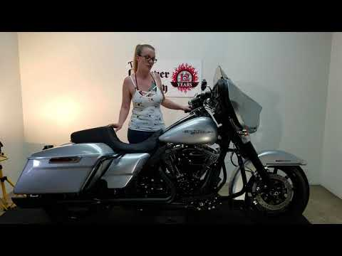2015 Harley-Davidson Street Glide/ Electra Glide Based in Temecula, California - Video 1