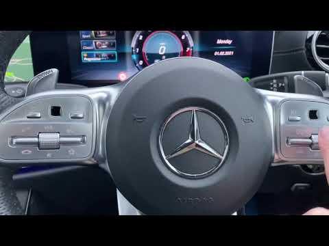 Mercedes E63 AMG V8 Biturbo Video