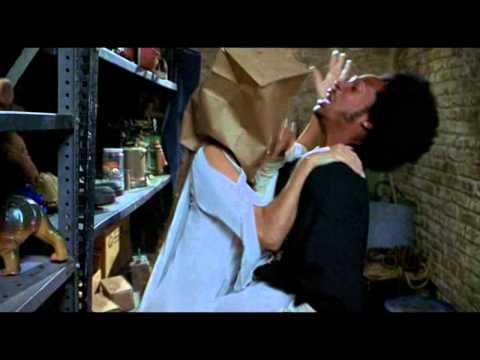 Scary Movie 2_Zombie love scene