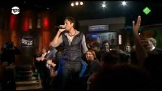 ♥♥Enrique Iglesias feat Sean Garrett Away LIVE (HQ) (HD)♥♥