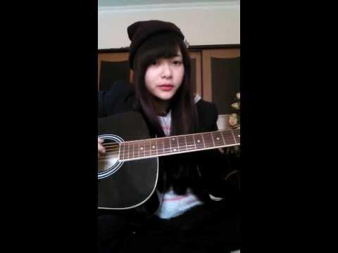 Hot Girl ĐH Hàng Hải tự sáng tác tự hát.. Mình bị yêu em ấy mất rồi