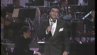 """Johnny Mathis & Henry Mancini live 1987 """"Two For The Road"""" and """"Charade"""""""