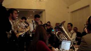 Oompah Brass - Toxic (Britney Spears)