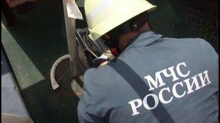 Ребенка на детской площадке спасали сотрудники МЧС в Хабаровске. MestoproTV
