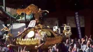平成25年 神田祭り 神輿宮入 淡路町二丁目町会 中神田連合 (六番)です 。