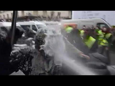 Παρίσι: Νέες κινητοποιήσεις των «Κίτρινων Γιλέκων» με μειωμένη συμμετοχή…