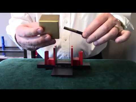 Wonder Block Thru Wand (Mini) by Holland Magic Studio (2)