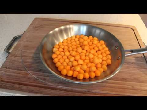How to Flip Food in a Pan Like a Chef!