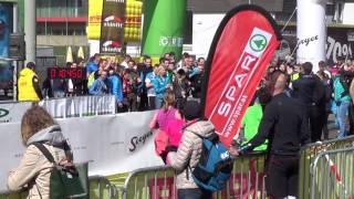 ÖM Halbmarathon Graz 2017 - Zieleinlauf Lemawork Ketema & Valentin Pfeil